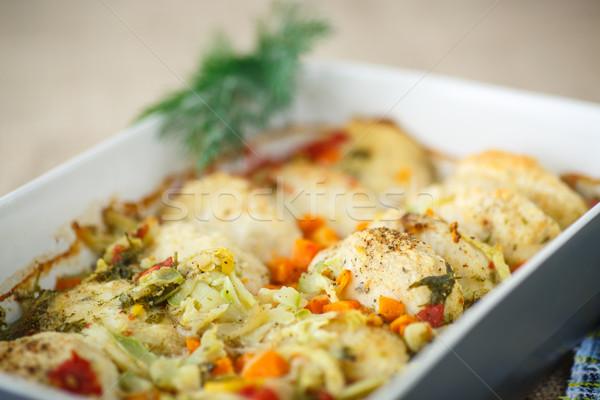 Hal húsgombócok zöldség mártás sütés edény Stock fotó © Peredniankina