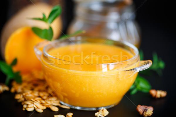 Sütőtök leves tál fekete háttér narancs Stock fotó © Peredniankina