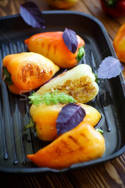 Pörkölt paprikák bors sült olaj serpenyő Stock fotó © Peredniankina