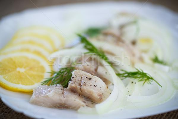 Piezas salado cebollas especias alimentos peces Foto stock © Peredniankina