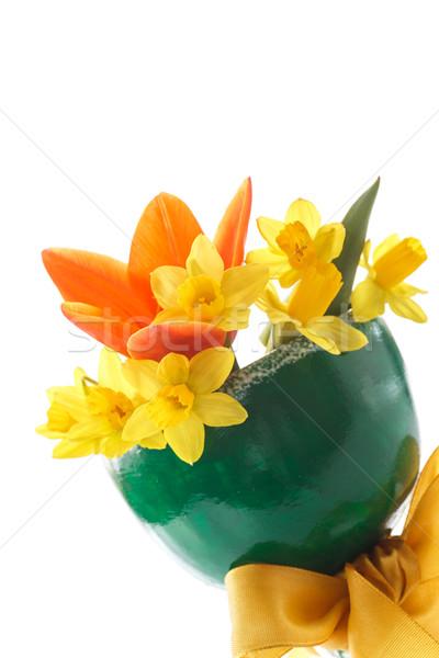 Nárciszok virágcsokor citromsárga tulipánok zöld váza Stock fotó © Peredniankina