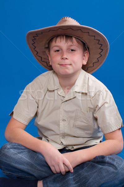 Portret jongen cowboyhoed Blauw mode achtergrond Stockfoto © Peredniankina