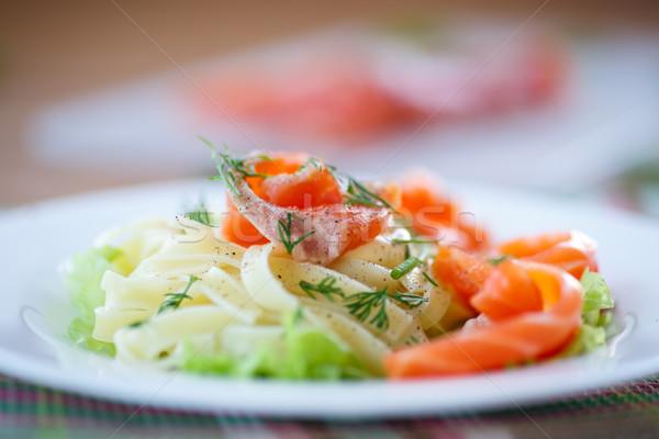 Sózott lazac mártás saláta levelek étel Stock fotó © Peredniankina