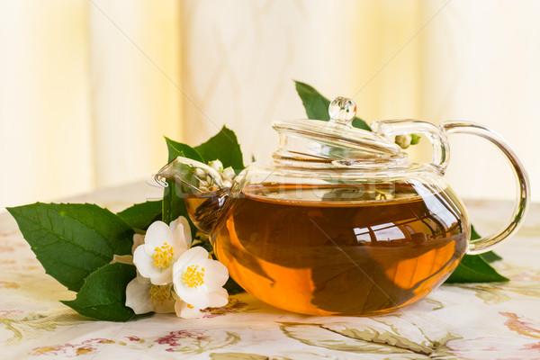 Pachnący herbaty czajniczek tabeli szkła pić Zdjęcia stock © Peredniankina