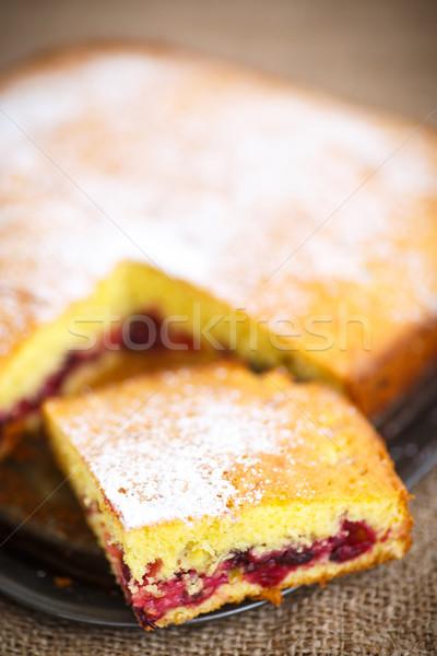 Piskóta bogyók porcukor gyümölcs asztal piros Stock fotó © Peredniankina