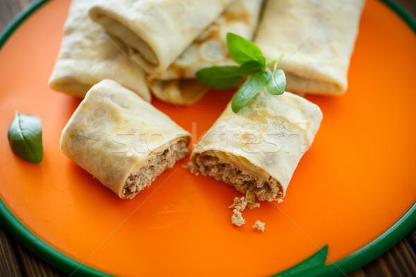 Fino panquecas recheado carne tabela secretária Foto stock © Peredniankina