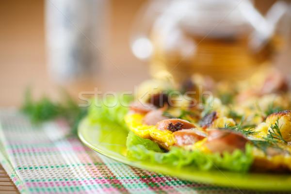 Rántotta kolbászok karfiol fa asztal étel tojás Stock fotó © Peredniankina