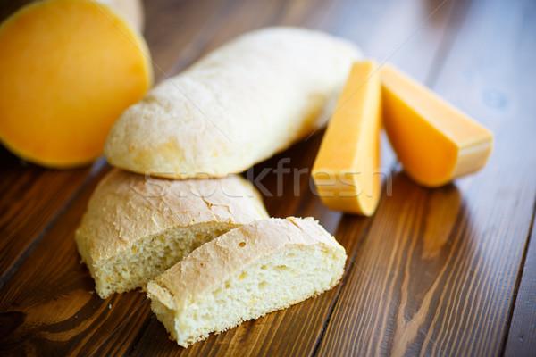 Kabak ekmek ahşap masa el arka plan Stok fotoğraf © Peredniankina