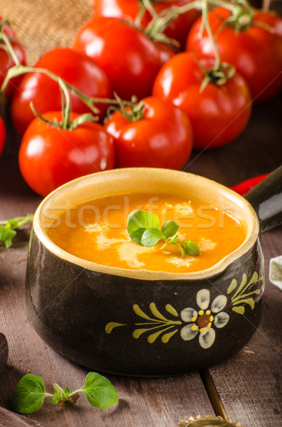 Cremoso sopa de tomate ajo tomates hoja Foto stock © Peteer