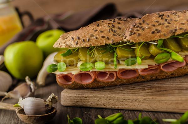 Baguette Praga jamón encurtidos saludable hierbas Foto stock © Peteer