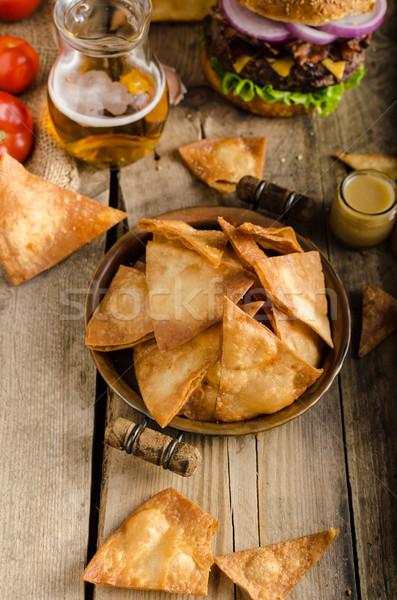 Stockfoto: Eigengemaakt · nachos · rustiek · hamburger · amerikaanse · spek