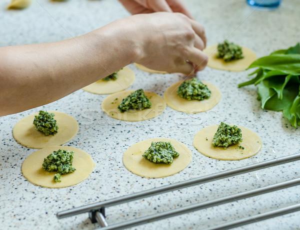 Készít tortellini sajt medve fokhagyma konyha Stock fotó © Peteer