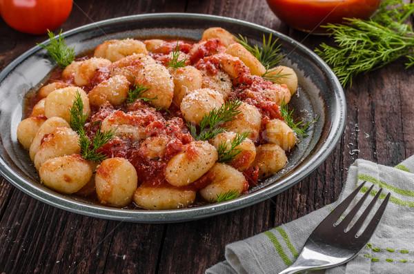 Sos pomidorowy zioła świeże górę żywności Zdjęcia stock © Peteer