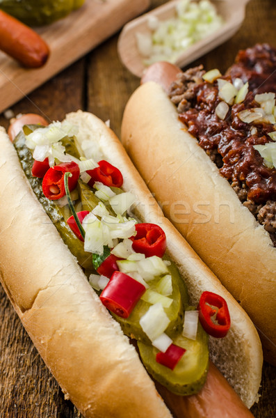 Chili vegetarisch hot dog home augurken rundvlees Stockfoto © Peteer
