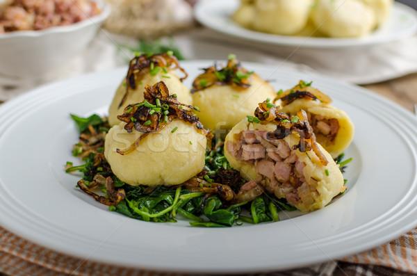 Batata recheado fumado carne tcheco original Foto stock © Peteer