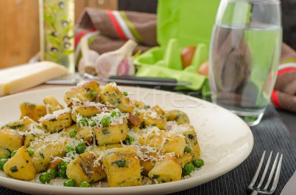 Casero chícharos parmesano todo orgánico casa Foto stock © Peteer