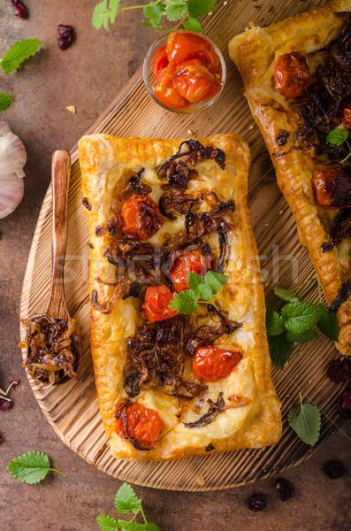 Gebak vegetarisch pizza ui kruiden knoflook Stockfoto © Peteer