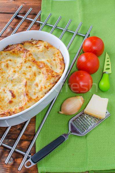 Foto stock: Lasaña · plato · tomate · hoja · hojas