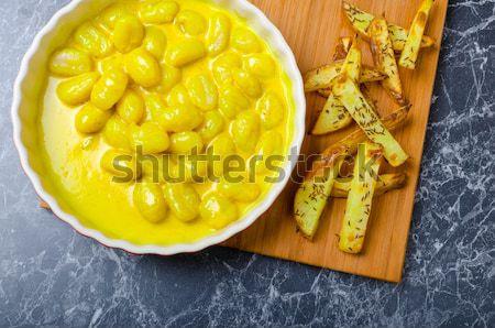 Curry ziemniaczanej drewna tablicy tle Zdjęcia stock © Peteer