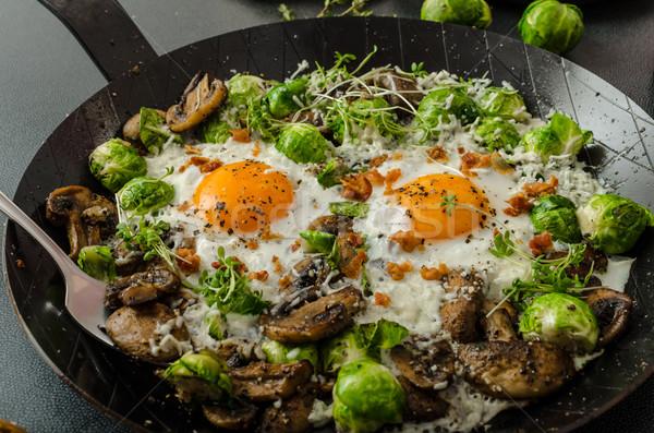 Vegetali occhi uovo funghi Bruxelles Foto d'archivio © Peteer