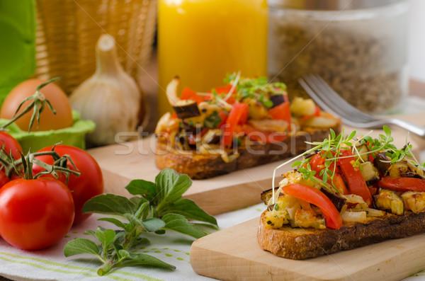 Eszik tiszta vegetáriánus pirítós zöldség egészséges Stock fotó © Peteer