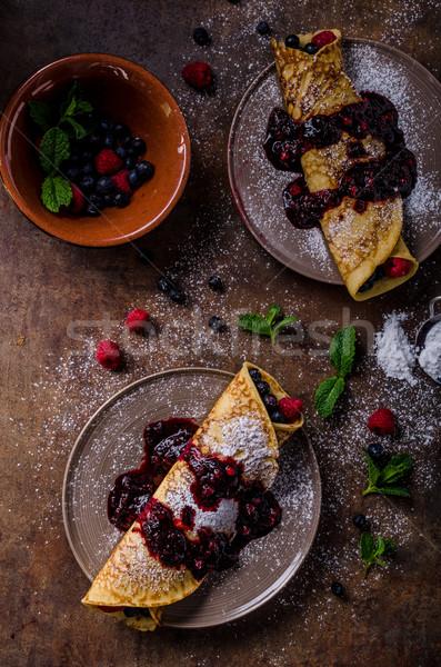 Delicioso floresta fruto de chocolate escuro café da manhã Foto stock © Peteer