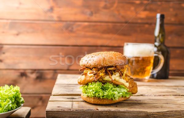 Hal sültkrumpli hamburger sült krumpli szalmaszál Stock fotó © Peteer