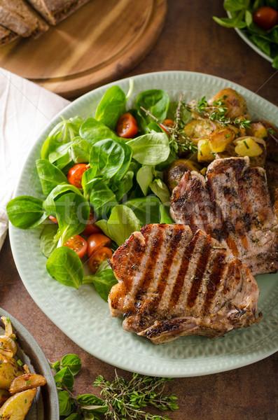 Grillezett disznóhús saláta burgonyasaláta zöld piros Stock fotó © Peteer