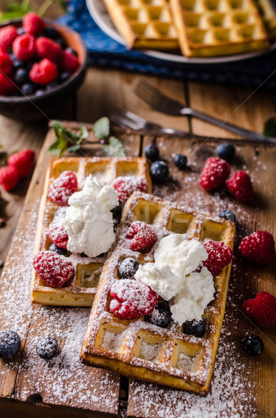 Baies bleuets framboises sucre vintage bois Photo stock © Peteer