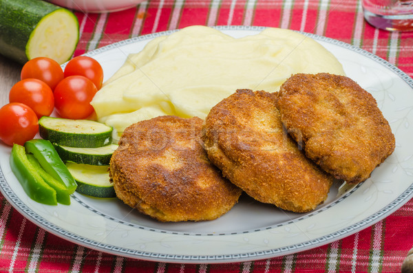 Stock photo: Minced meat in breadcrumbs