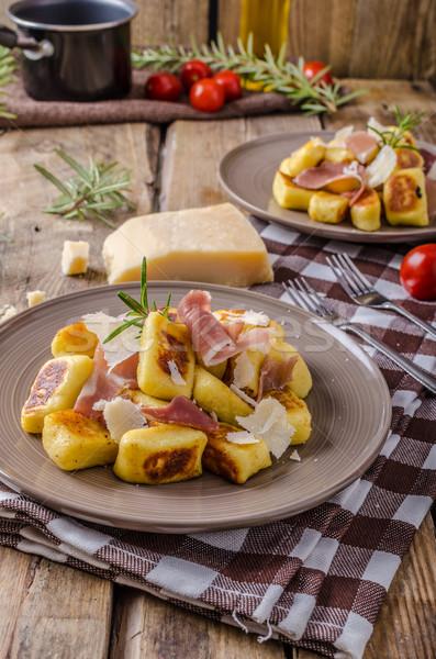 картофеля прошутто чеснока травы сыр пармезан Сток-фото © Peteer