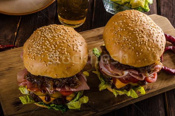 домашний говядины Burger лука бекон пива Сток-фото © Peteer