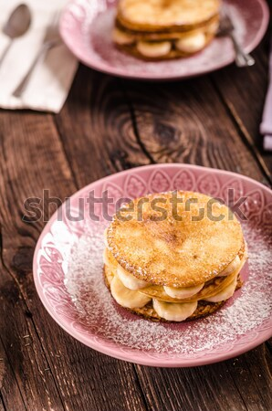 Domowej roboty duży jeden głód Zdjęcia stock © Peteer