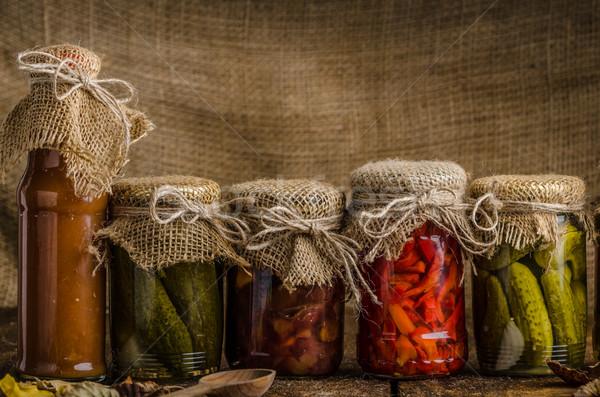 Főtt zöldségek savanyúság házi készítésű ketchup sült Stock fotó © Peteer