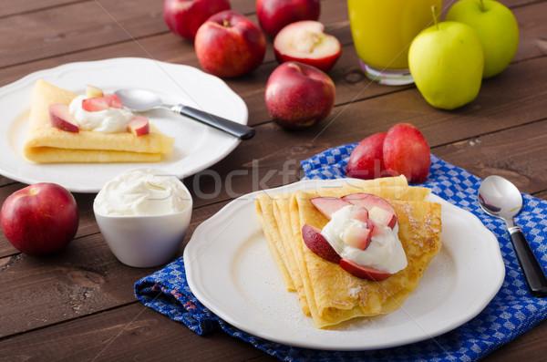 Krém palacsinták friss gyümölcs gluténmentes étel gyümölcs Stock fotó © Peteer