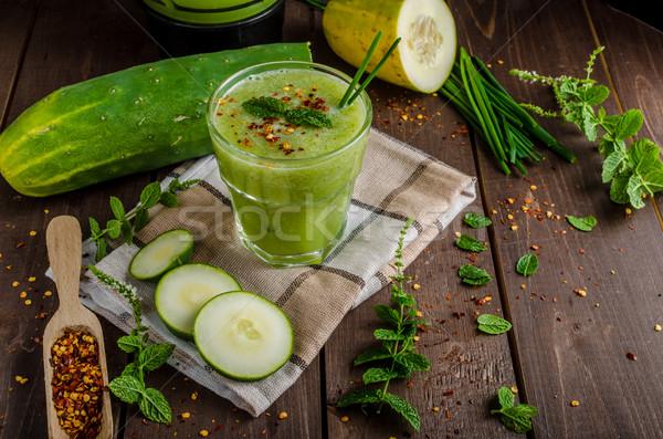 Uborka smoothie gyógynövények chili pelyhek édes Stock fotó © Peteer