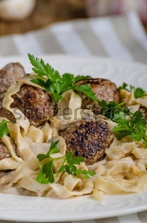 Eigengemaakt tagliatelle vlees knoflook restaurant Stockfoto © Peteer