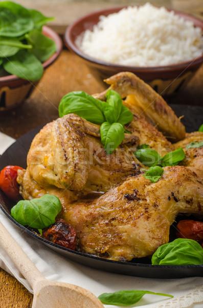 Poulet tomates basilic fer pan Photo stock © Peteer