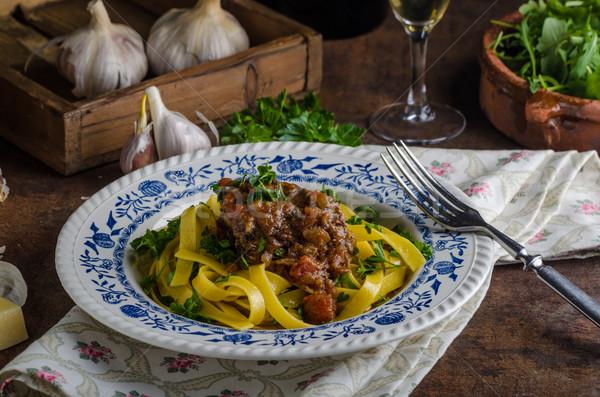 Italiano macarrão carne guisada rústico comida delicioso Foto stock © Peteer