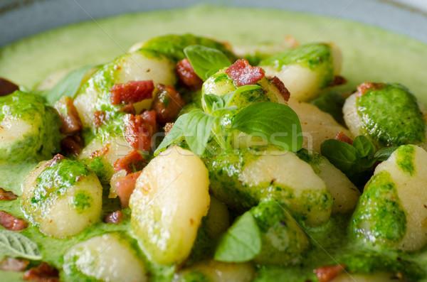 Bacon manjericão espinafre molho comida fotografia Foto stock © Peteer
