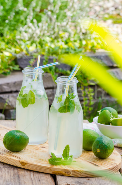 Ev yapımı nane limonata kireç dışında hazır Stok fotoğraf © Peteer