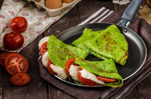 Caseiro espinafre recheado manjericão tomates Foto stock © Peteer