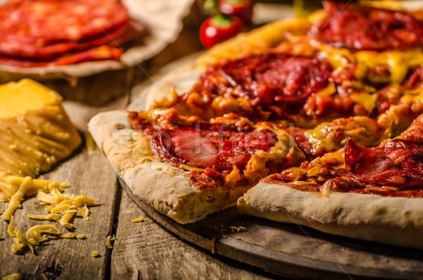 деревенский салями пиццы чеддер сыра чоризо Сток-фото © Peteer