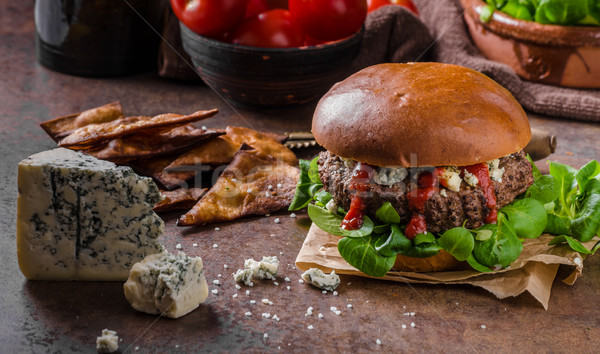 Stockfoto: Rundvlees · hamburger · schimmelkaas · eigengemaakt · nachos · chips