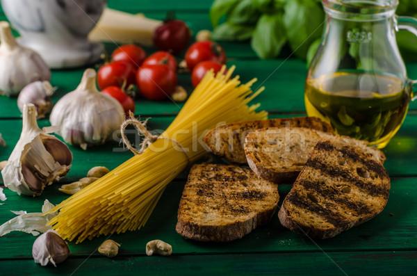 ガーリックブレッド ペスト バジル ニンニク 食品 背景 ストックフォト © Peteer