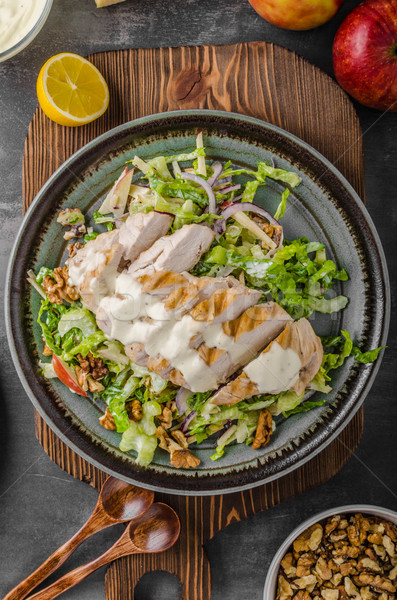 Salade poulet grillé délicieux simple recette fromage bleu Photo stock © Peteer