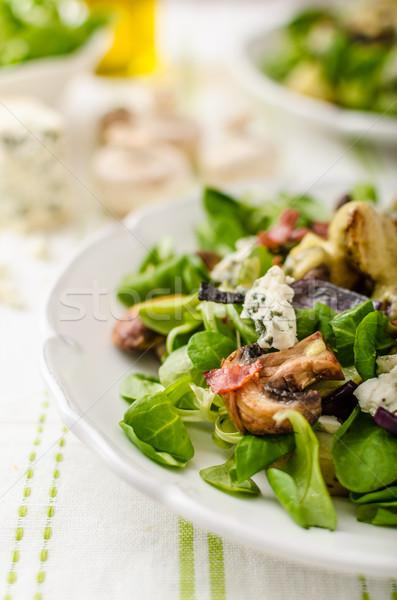 Salat neue Kartoffeln Blauschimmelkäse Speck Olivenöl Stock foto © Peteer