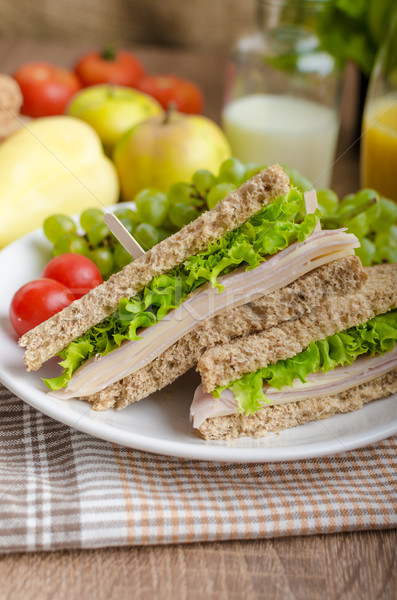 Stok fotoğraf: Okula · geri · sandviç · basit · bütün · tahıl · ekmek