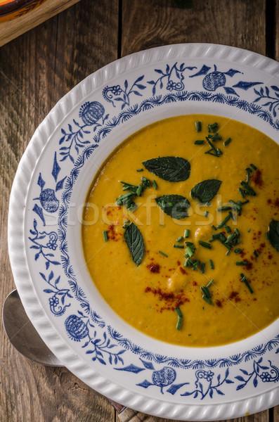 Tatlı patates çorba otlar kırmızı biber sarımsak turuncu Stok fotoğraf © Peteer