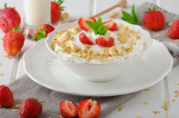 Nacional yogurt fresas granola frutas Foto stock © Peteer